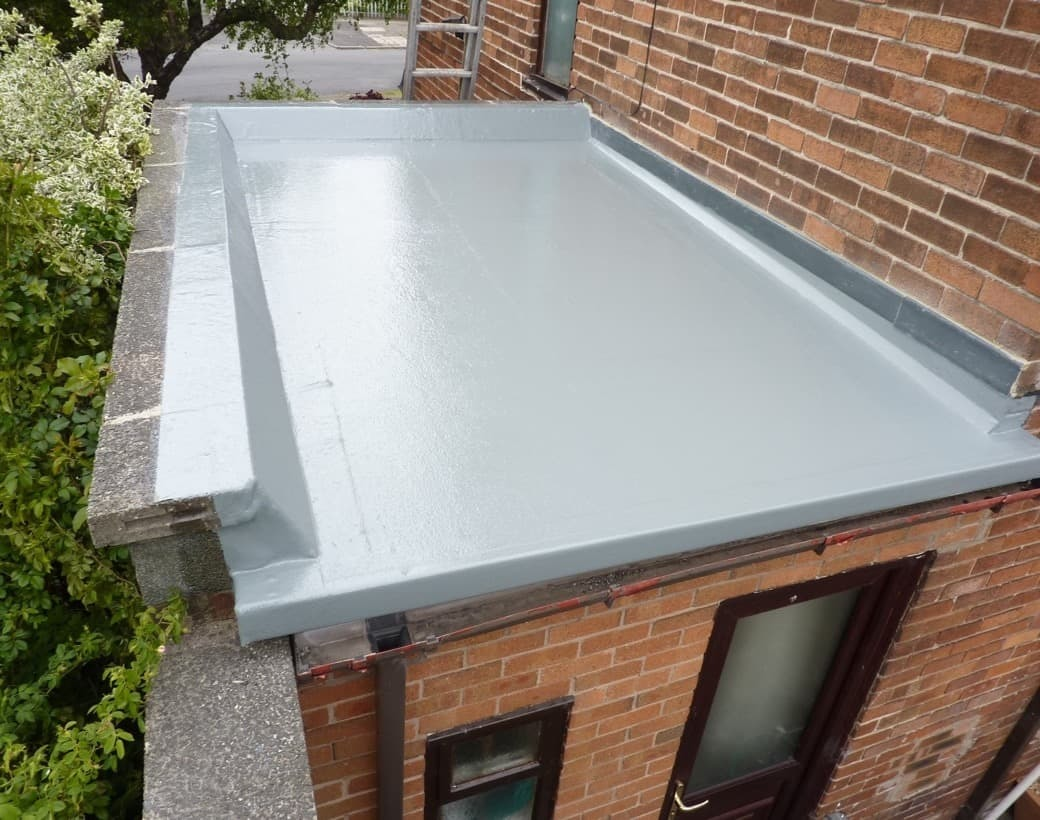 https://southdublinflatroofing.com/wp-content/uploads/2020/03/Flat-Roof-Repair-Dublin.jpg