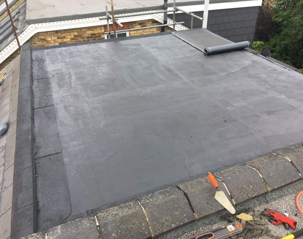 https://southdublinflatroofing.com/wp-content/uploads/2020/03/Phases-of-Fibreglass-Flatroof-Installation-1024x807.jpeg